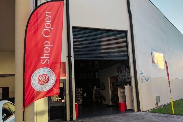 Warehouse shopping tour - Sasy n Savy - Nurtured Tours